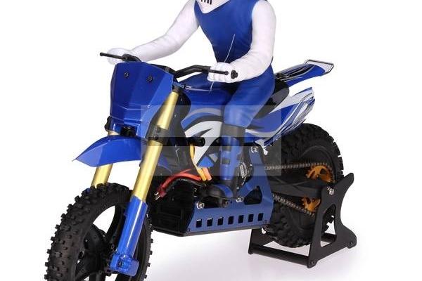 SKYRC 1:4 Scale RC Dirt Bike in Blue/Green/Red (Global Warehouse)
